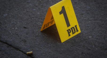 Encuentra a hombre en situación de calle con disparo en la cabeza en Maipú