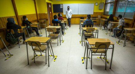 79% cree que cierre de escuelas es aceptable para reducir propagación del virus