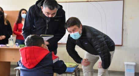Gobernador de la RM supervisa regreso a clases presenciales