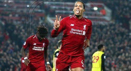 El central neerlandés Virgil van Dijk renueva hasta 2025 con el Liverpool