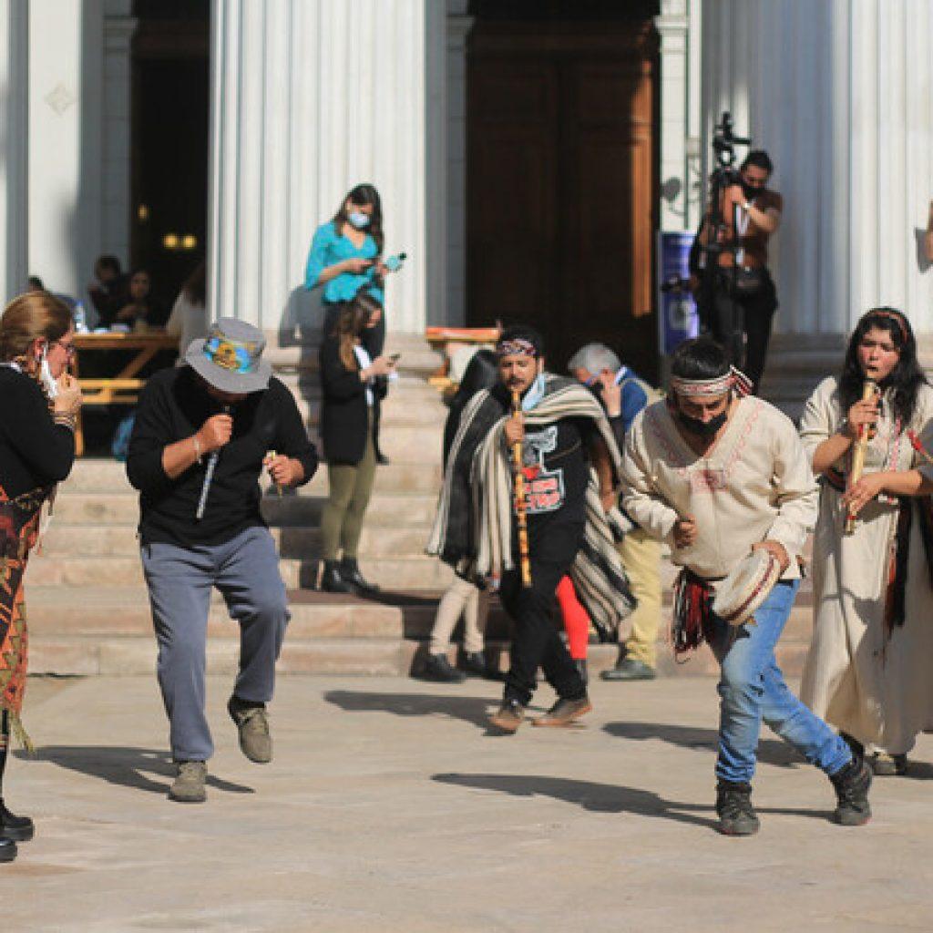Ceremonia ancestral marcó el primer mes de la Convención Constitucional