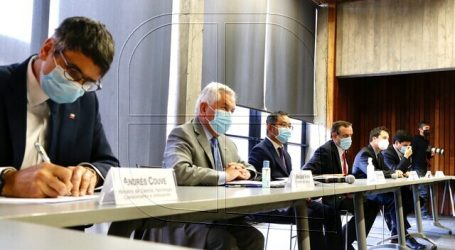 Paris valoró anuncio de Sinovac sobre instalar una planta de vacunas en Chile