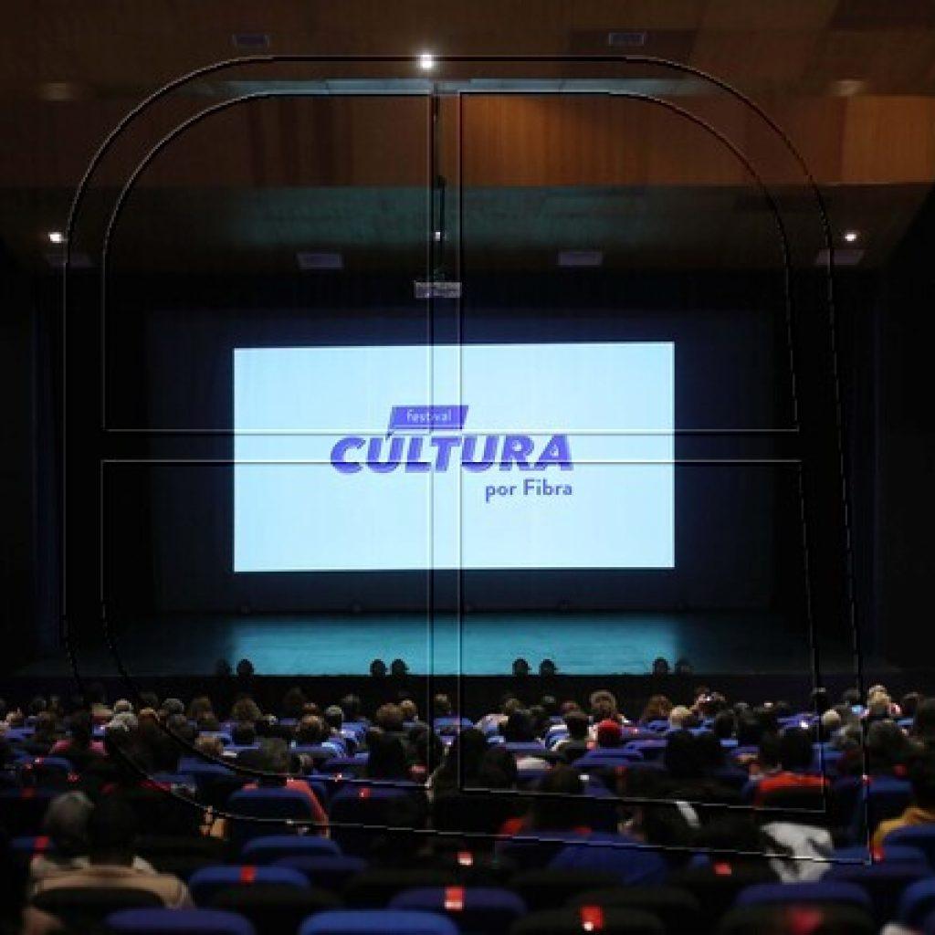 "Inauguran Festival ""Cultura por Fibra"" desde el Teatro Municipal de La Pintana"
